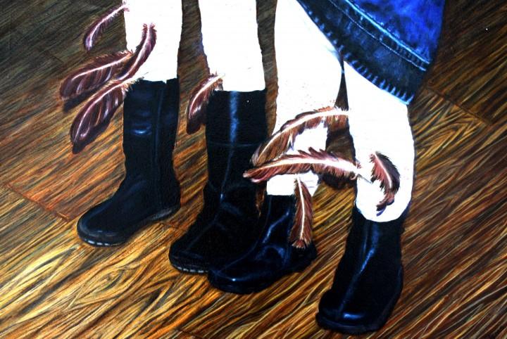 Spaanse ajour maillots, spijkerjurkjes, stoere laarzen, kippenveren, veren.